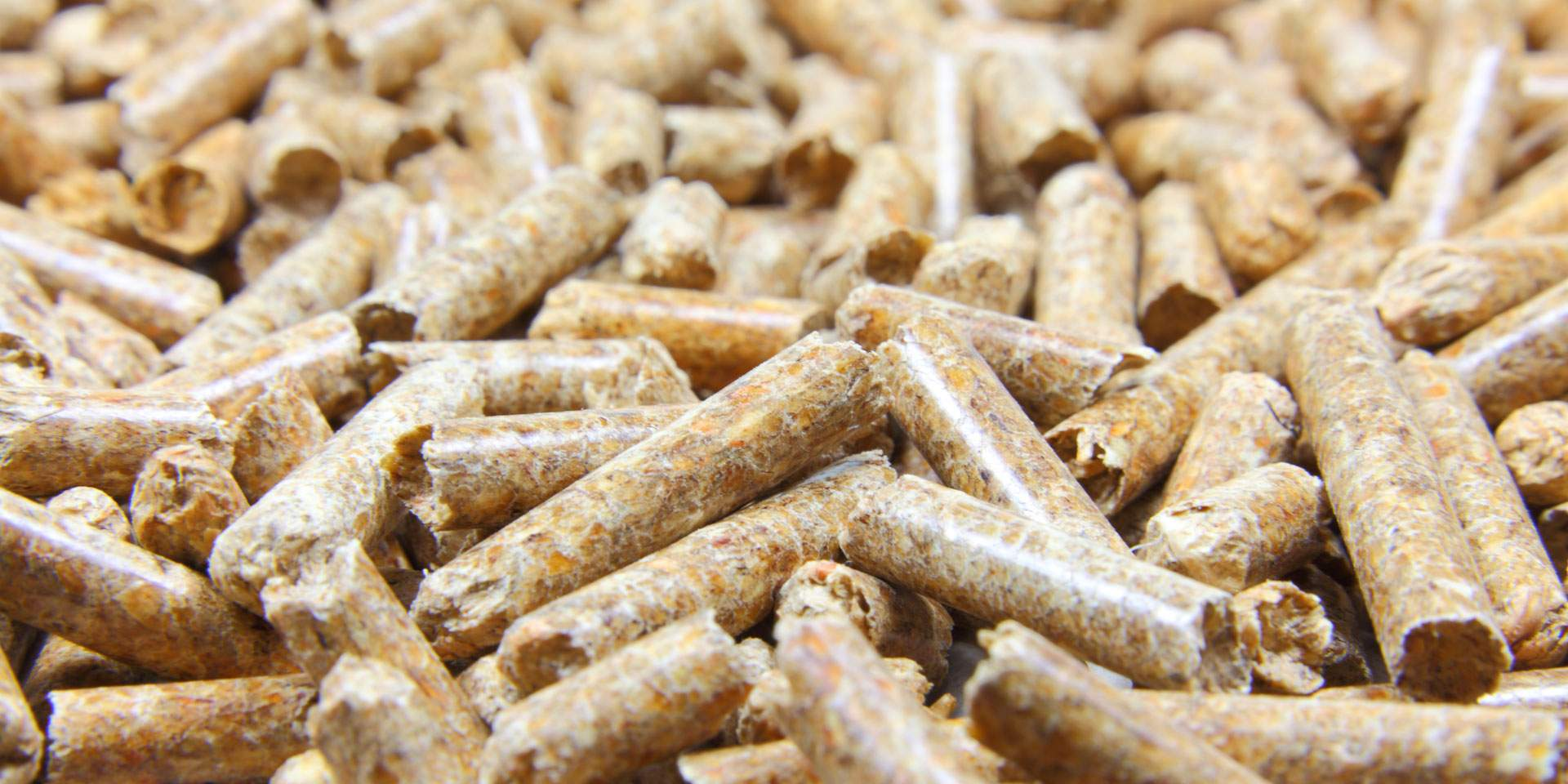 Energy-efficient construction and planning for pellet heating