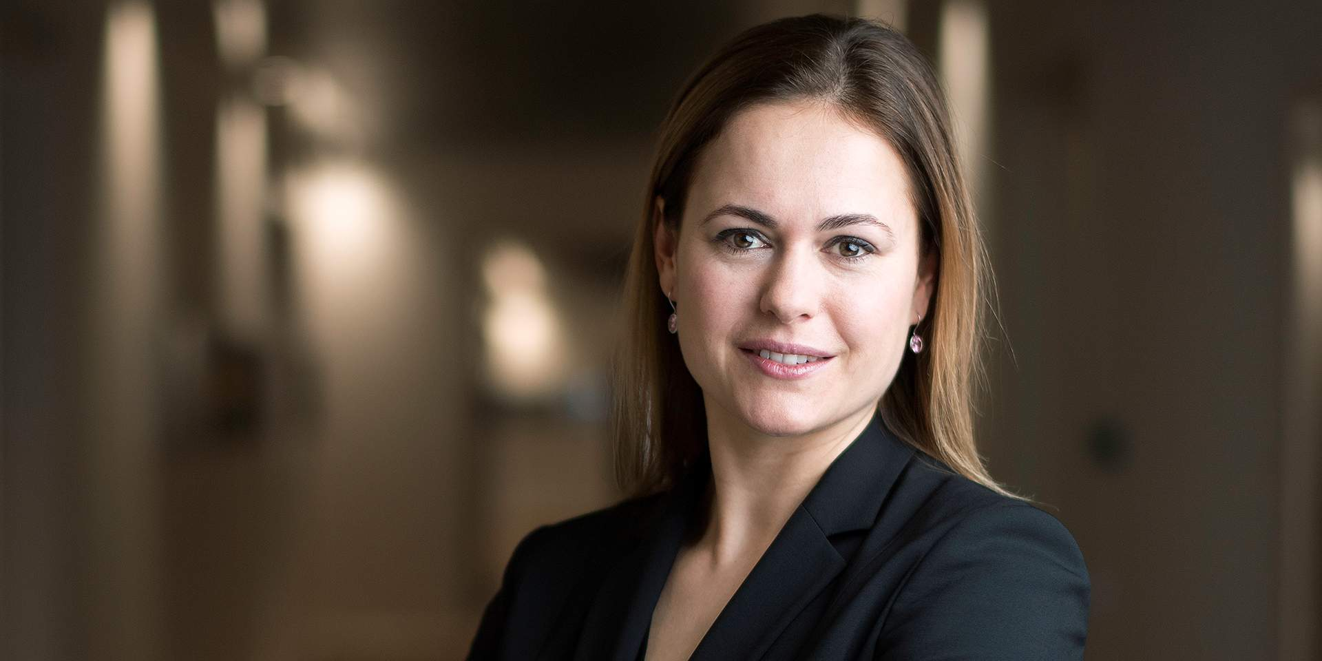 Profile of Anke Bridge Haux, Head of Digitalization & Products at Credit Suisse.